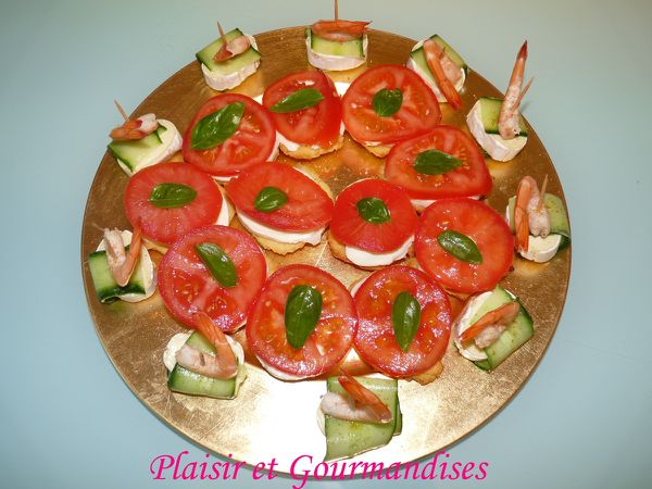 Whoopies tomates/mozza et Fromage/courgettes/crevettes