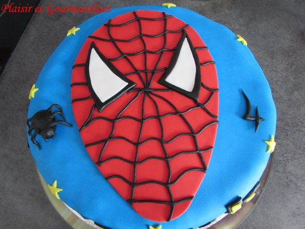 Gâteau Spiderman