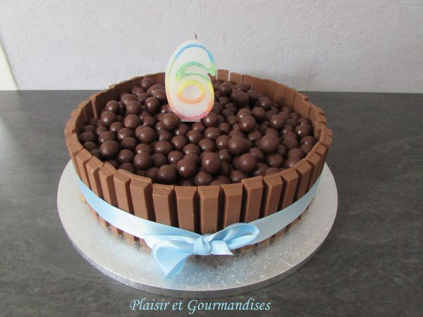Gâteau Kit Kat et Maltesers