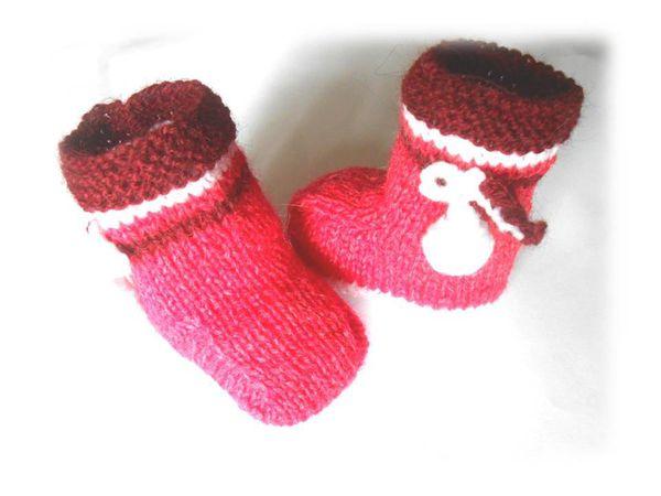 chaussons bébé 1 mois tricotés main modèle fille