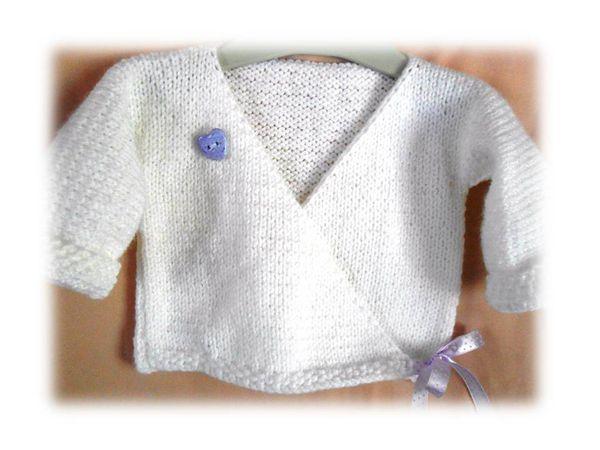 brassière bébé modèle cache-coeur mixte - chaussons bébé modèle fille