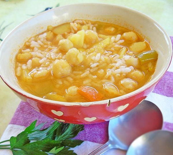 potage de garbanzos y arroz