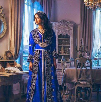 Soiree rouge caftan 2014 robe de soiree bleu marine for Salon marocain bleu roi