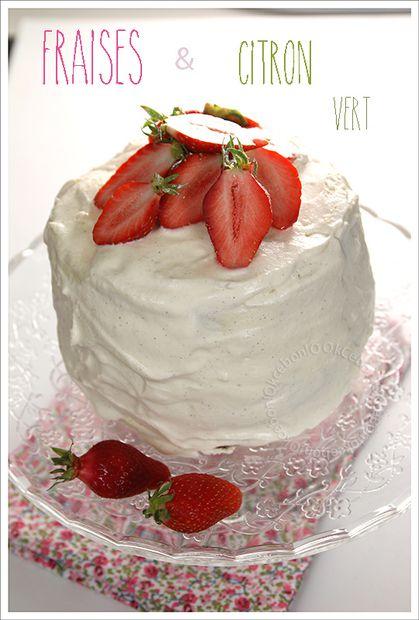 Gâteau d'été aux fraises et au citron vert