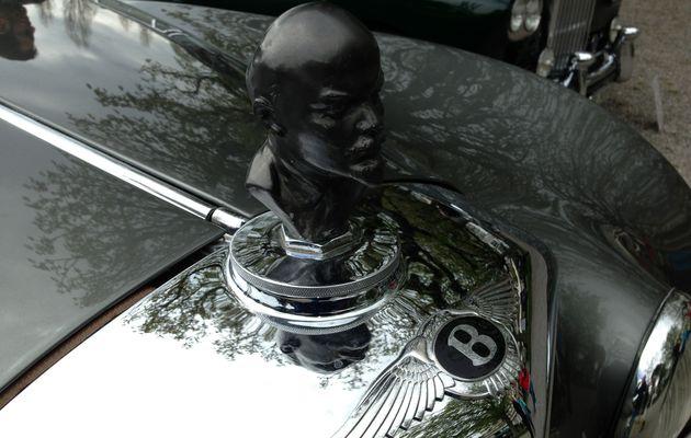 Une Bentley à tête de Lénine :)