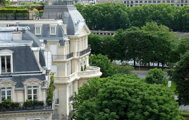 Fin d'expo à Maison Blanche-Paris 8..
