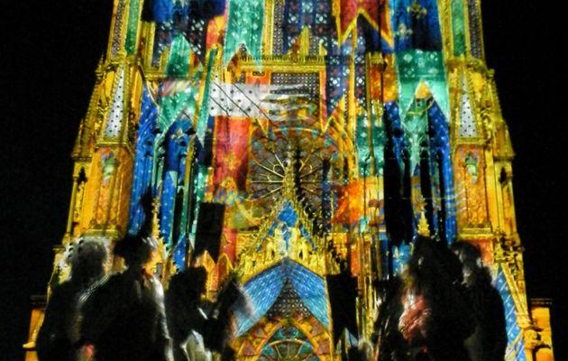 Illumination de la cathédrale de Reims (2)