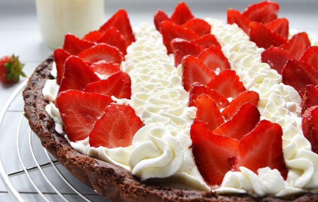 Tarte fraises pâte sablée chocolat/chantilly mascarpone