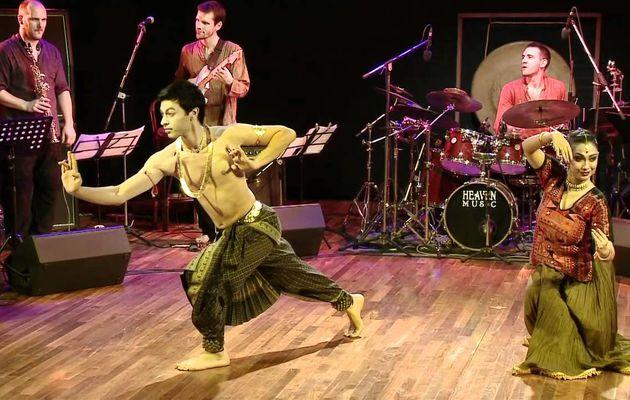 MAGNIFIQUE RENCONTRE entre deux danses: BHARATANATYAM et KATHAK