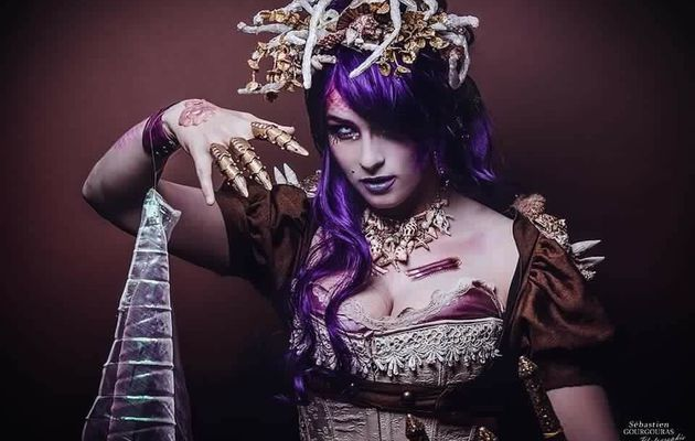 Parle-moi Cosplay #228 : SteamTease