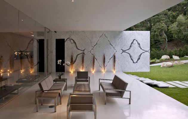 Design dans villa contemporaine de terrasse