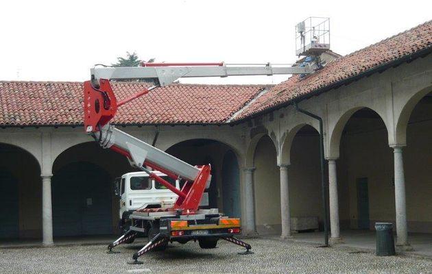 Manutenzione in Villa Annoni: le foto.