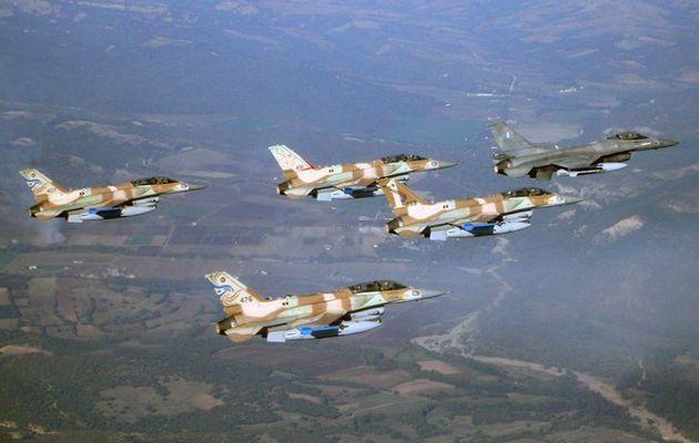 Les aviateurs grecs et israéliens s'entraînent ensemble