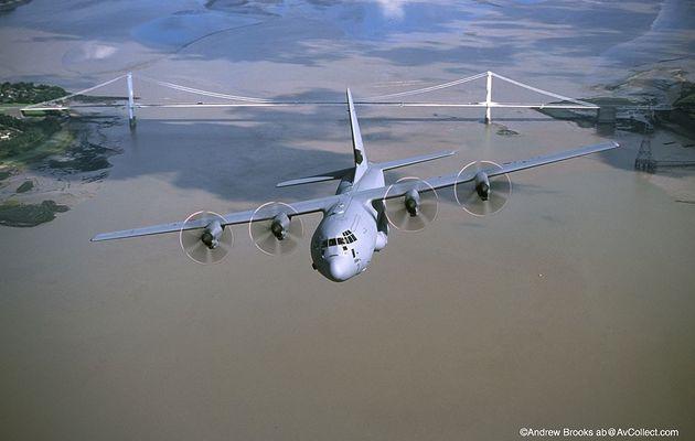 Un équipage d'un C-130 britannique obligé de rechercher des marins disparus avec de simples jumelles