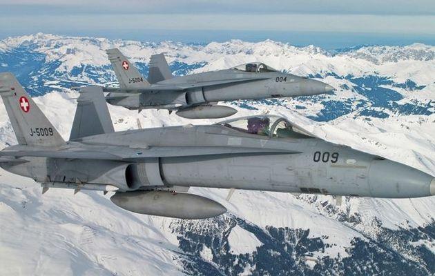 Un F/A-18C Hornet de la Force Aérienne Suisse s'est écrasé lors d'un exercice