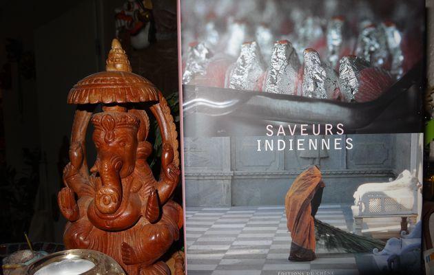 Saveurs indiennes de Catherine Bourzat et Laurence Mouton