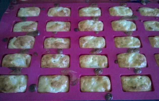 Mini flans au parmesan et aux poires