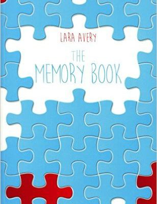 """The Memory book"", Lara Avery"