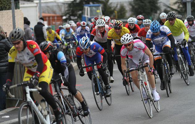 Liberto, Bererd, Chatain, Reymond les 4 mousquetaires du Grand Prix cycliste d'ouverture de l'ACMV