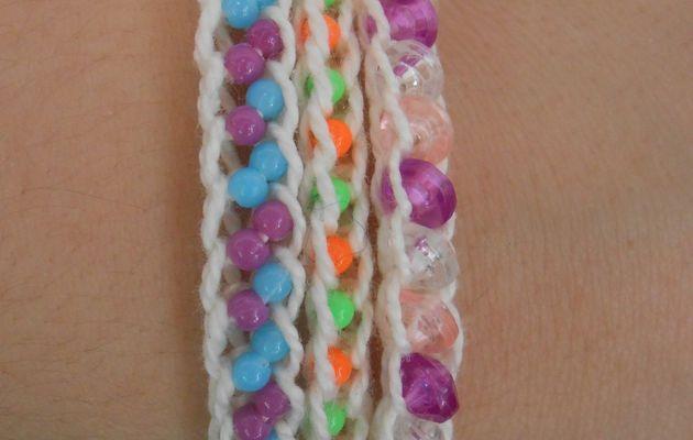 Bracelets acidulés en tricotin
