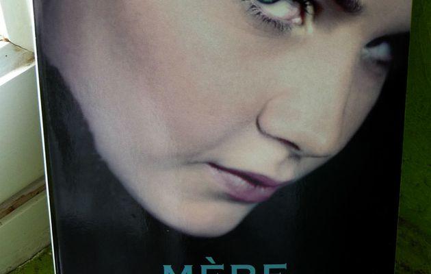 Mère Parfaite - [When the Bough Breaks]