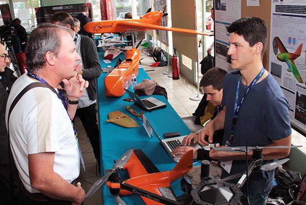 """Le premier colloque """"Drones in Toulouse"""" était organisé à l'ENAC"""