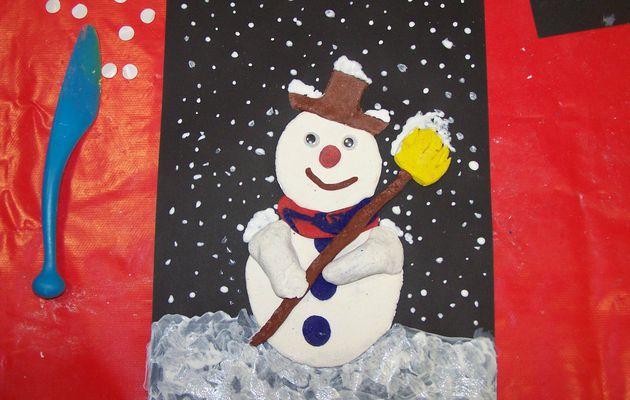 Mosaïque de pâte à sel : Bonhomme de neige