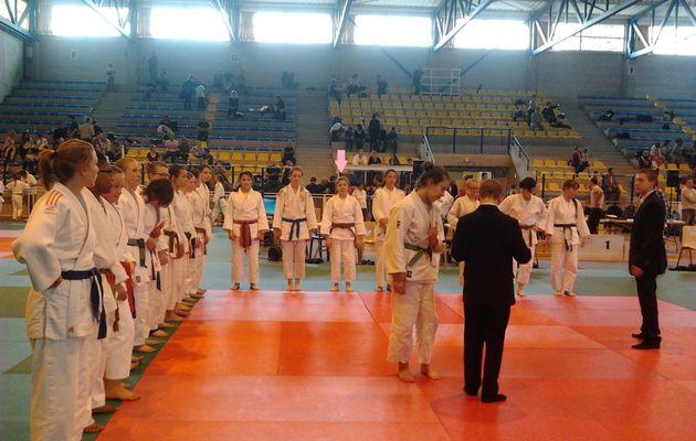 Championnat inter régions minimes à St Julien les Villas (10) le 13/04/2014