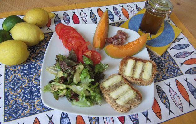 Salade d'été au chèvre