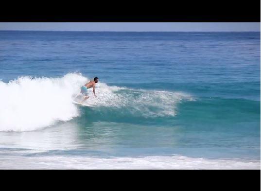 Surfers gays, un tabou soulevé par Arte