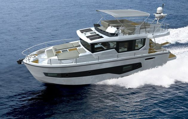 European Power Boat of the Year 2015 - le Cranchi 43 Eco Trawler vedette de l'année (-45 pieds)