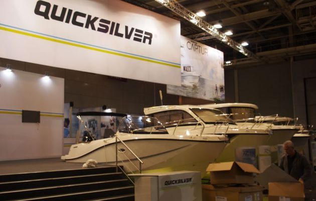 Nautic de Paris - le chantier Quicksilver en force Porte de Versailles