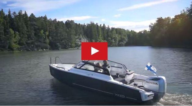 VIDEO - 1 minute de bonheur à bord d'un XO Boats 250