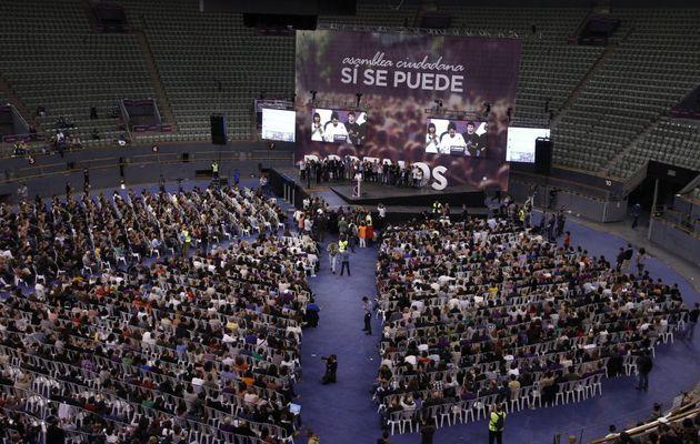 """Podemos no logra llenar el palacio vistalegre de Madrid en su asamblea """"Sí se puede"""""""