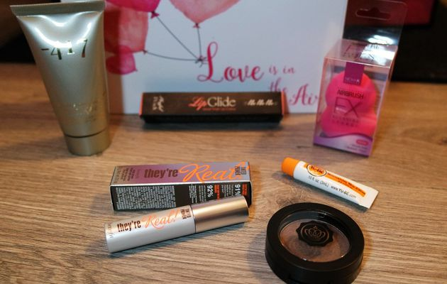GlossyBox Février 2016 : Love is in the air
