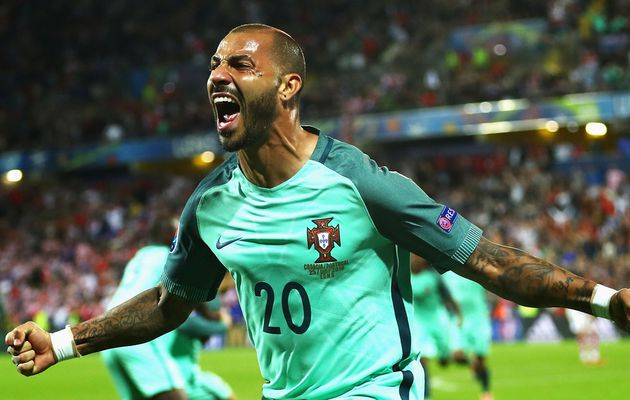 http://new-sport.over-blog.com/2016/06/croatie-0-1-portugal-a-p.html