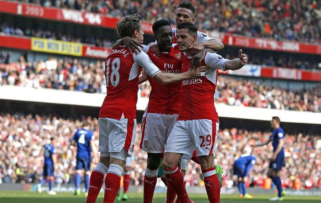 Arsenal s'impose contre Manchester United (2-0)