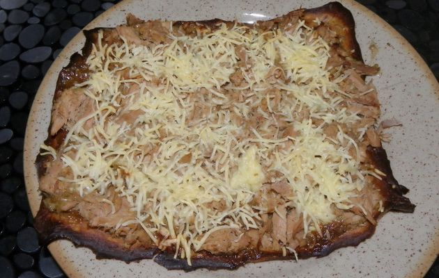 pizza au thon, base banane.