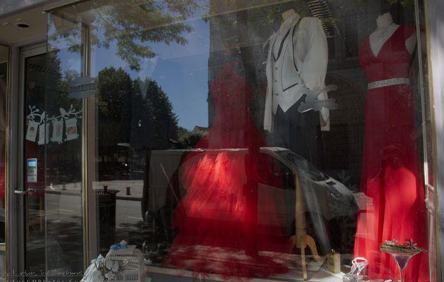 La mariée sera en rouge ? en blanc ?