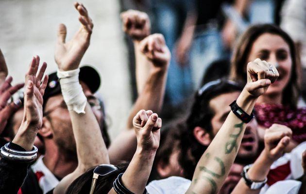 Le débat de la jeunesse : luttons contre Macron et l'UE