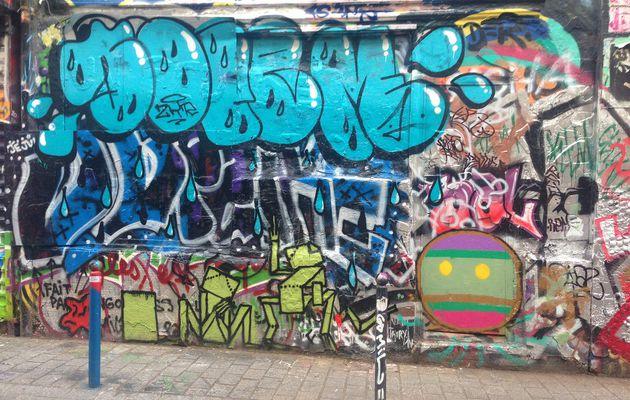Une Wonder Brunette rue Dénoyez