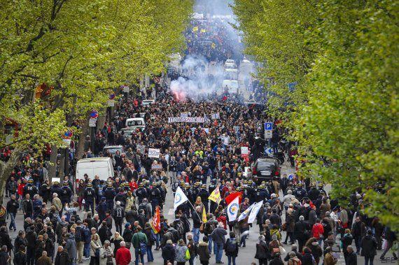 Francia en pie de guerra. Silencio de radio. La Eurocopa sitiada y los medios callados y sumisos.
