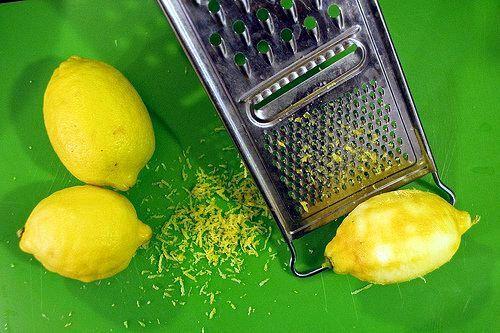 Congela un limón y rállalo, puedes perder hasta 5 kilos por semana, combatir enfermedades. Facilísimo de preparar y con espectaculares resultados