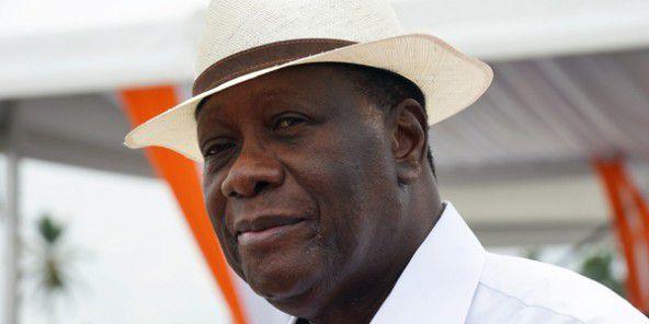 Présidentielle en Côte d'Ivoire : Ouattara et trois autres candidats signent un code de bonne conduite