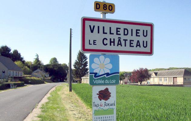 Villedieu-le-Château : randonnée de printemps