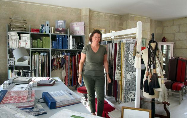La Chartre : Anna Wright change ses collections