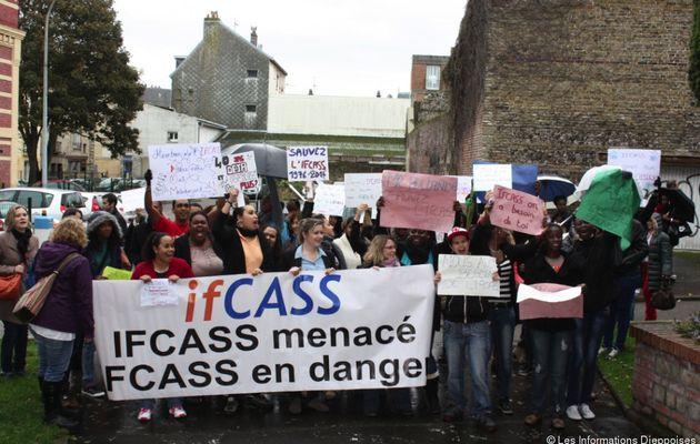 SOS Ifcass: ne fermez pas l'Ifcass: la chanson !