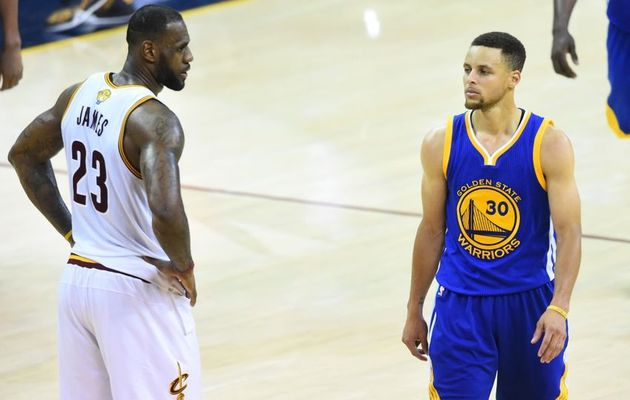 Stephen Curry et LeBron James favoris des bookmakers pour le futur MVP