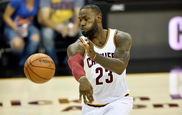 LeBron James guide les Cavaliers face à Orlando