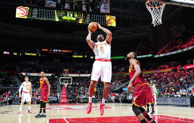Dwight Howard s'éclate face aux Cavaliers